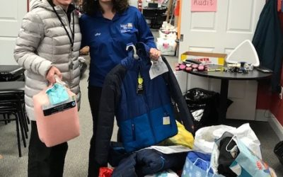 Willow Students Collect Gifts for United Way